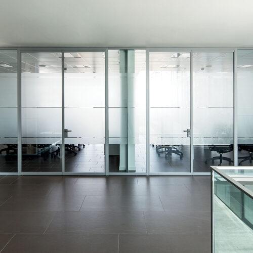Arredi uffici pareti mobili 12 500x500 - Pareti mobili per ufficio