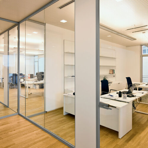 Arredi uffici pareti mobili 8 500x500 - Pareti mobili per ufficio