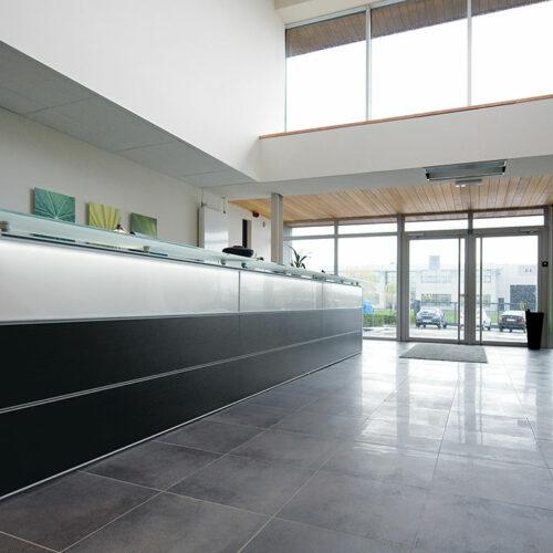 Arredi uffici reception 6 1 500x500 - Reception per uffici